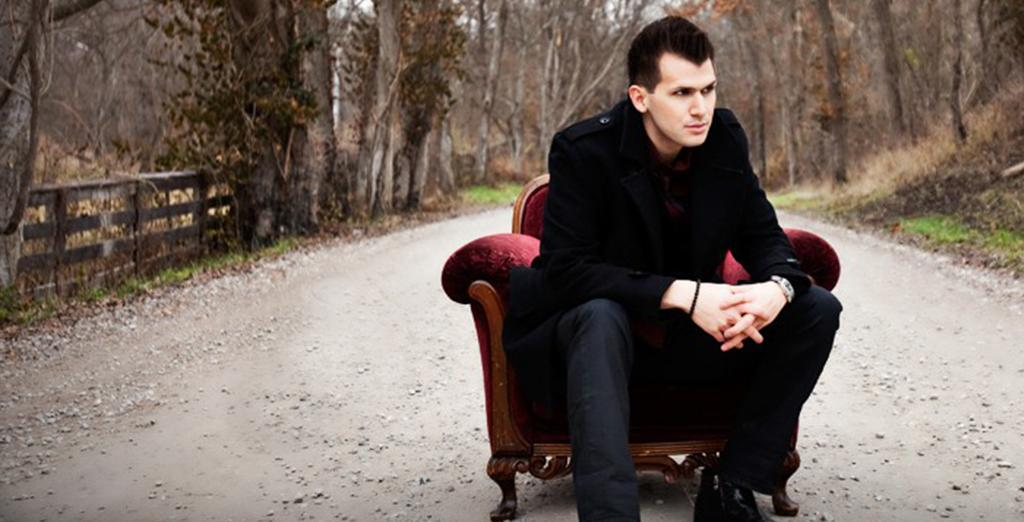 Illusionist Joel Meyers will be performing at Venango College on wednesday at 7pm