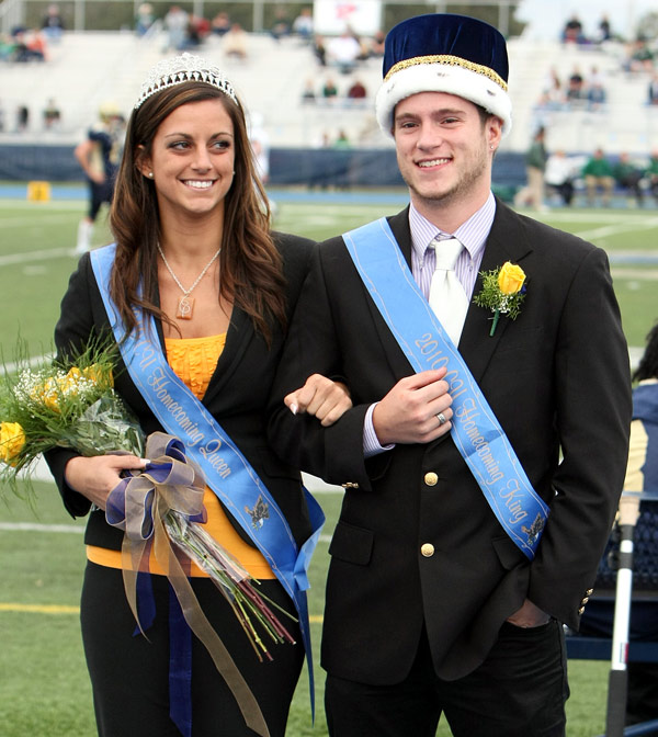 adaf440a43a Queen and King crowned at Homecoming